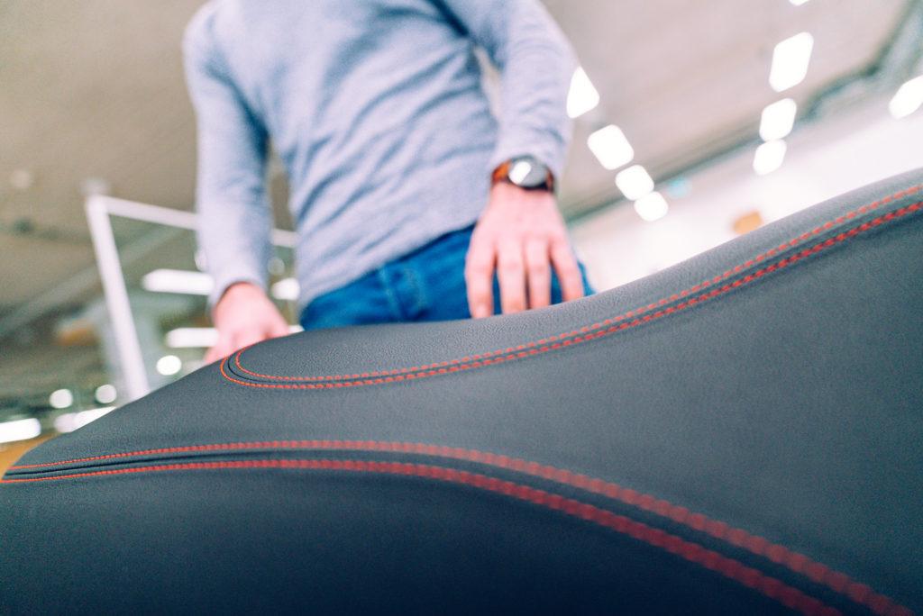 Un siège de scooter électrique conçu pour un pilote comme vous - Blog officiel Etergo