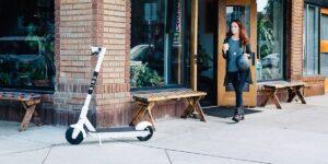 Le scooter électrique Bird One est lancé au Royaume-Uni - exclusivement chez Pure Electri - Pure Electric