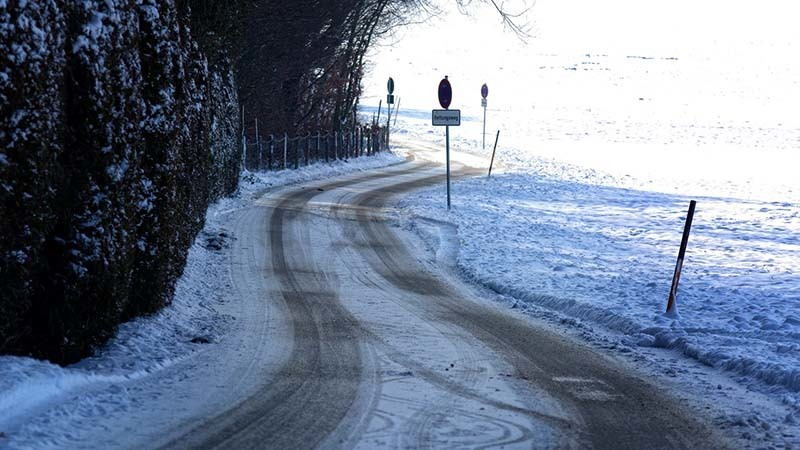 Comment conduire votre scooter électrique en hiver - 8 étapes nécessaires à suivre