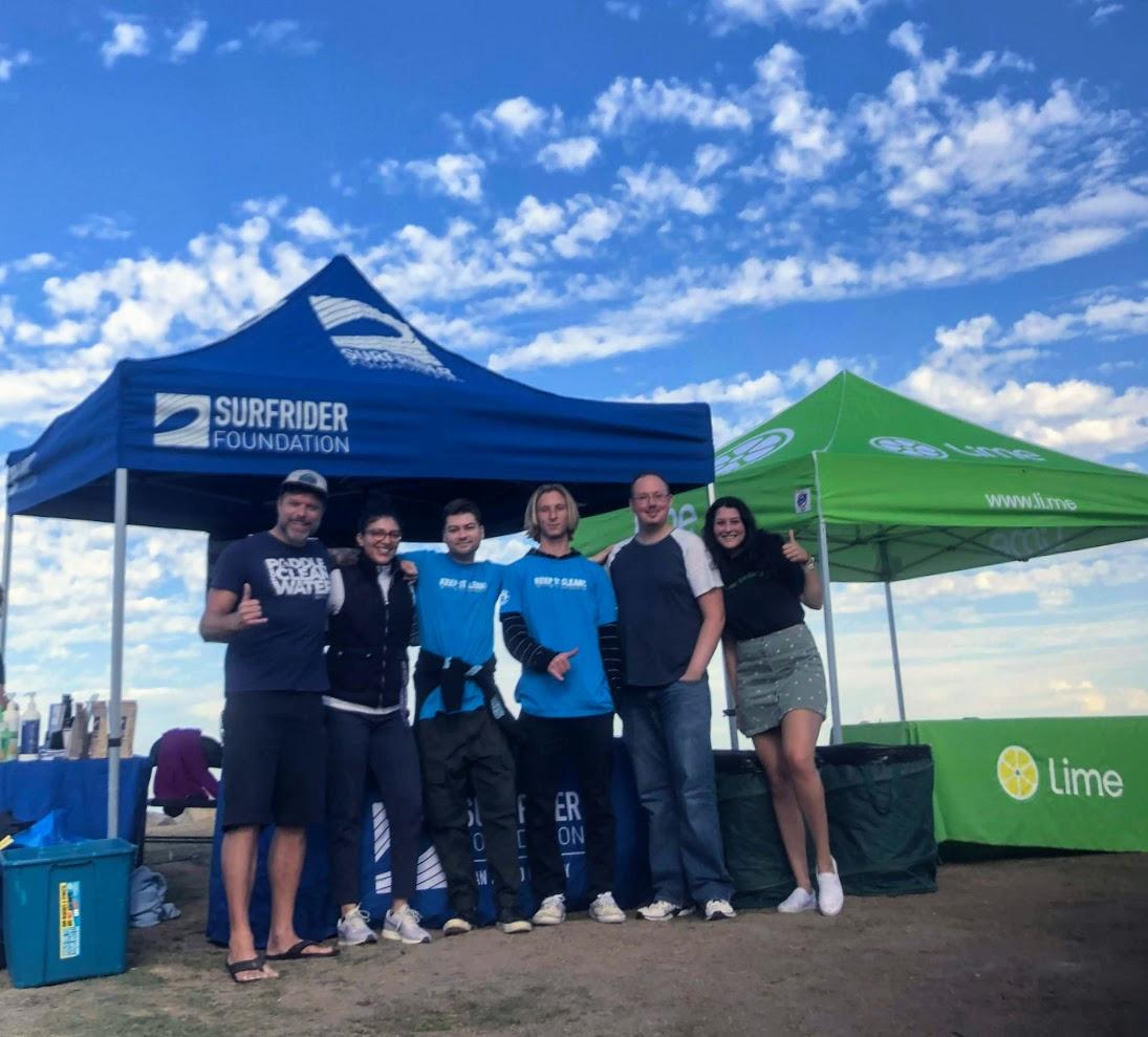 La chaux et la fondation Surfrider s'associent pour nettoyer l'Ocean Beach de San Diego