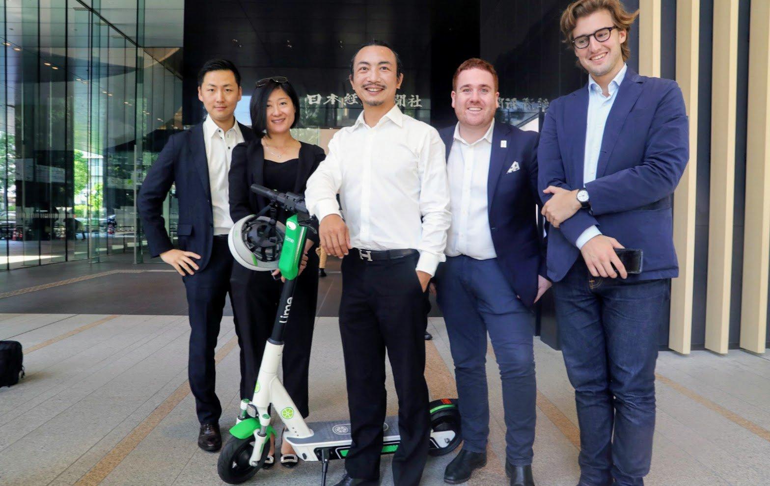 La chaux fera sa première balade en E-scooter au Japon dans le cadre du projet Fukuoka Smart EAST