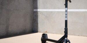 Les meilleurs scooters électriques légers de 2021 - Pure Electric