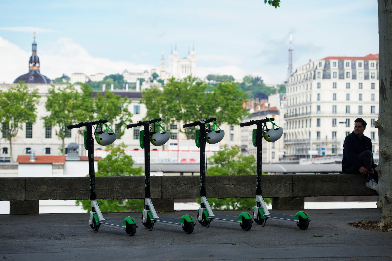 Les scooters sont-ils la cause de la chute dramatique du trafic urbain en Lyon?