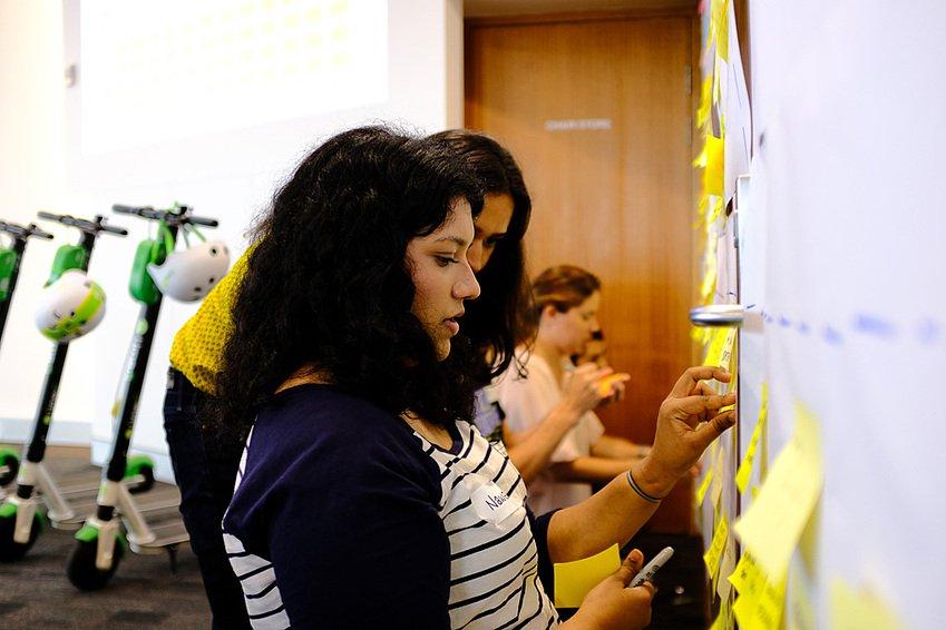 Lime et les étudiants QUT de Brisbane s'emploient à améliorer la sécurité des casques en Australie
