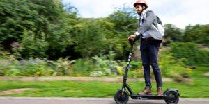 Top 5 des accessoires de scooter électrique  [2021]